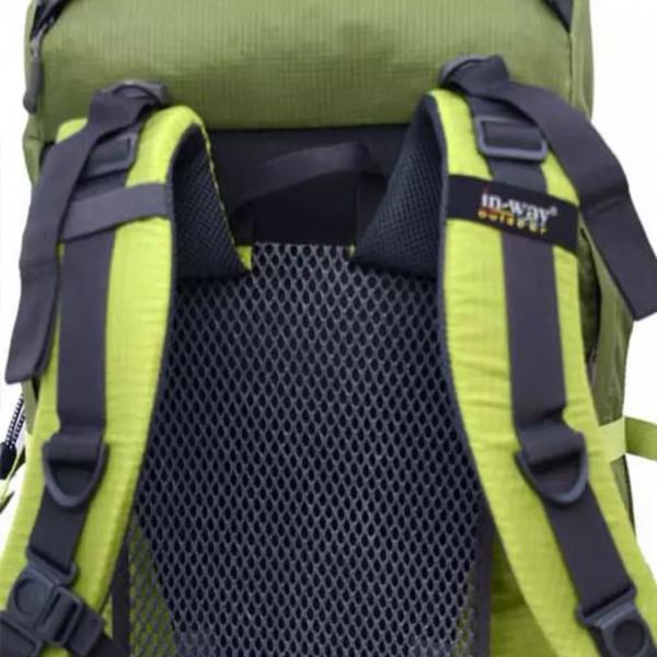 背部蜂網設計, 使用時透氣舒適